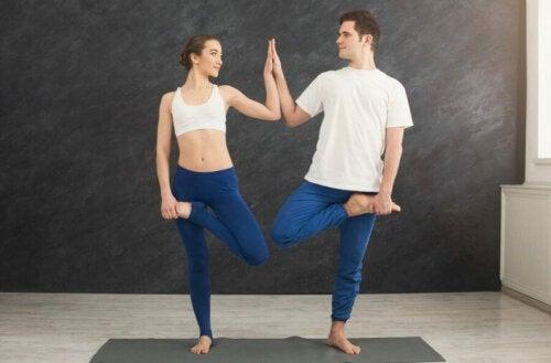 Çift Yogası: İlişkinizi Güçlendirmenin Bir Yolu