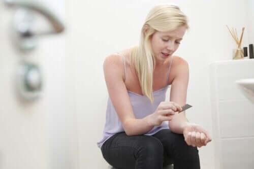 Kendi Kendine Zarar Veren Ergenler İle Nasıl Başa Çıkılır?