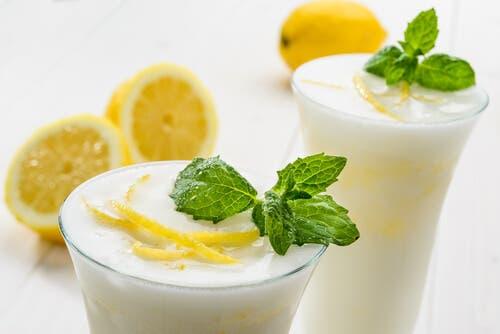 Limonlu eggnog.
