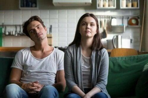 Çiftlerin Monotonluktan Kaçınmak İçin Yapabileceği 6 Küçük Şey