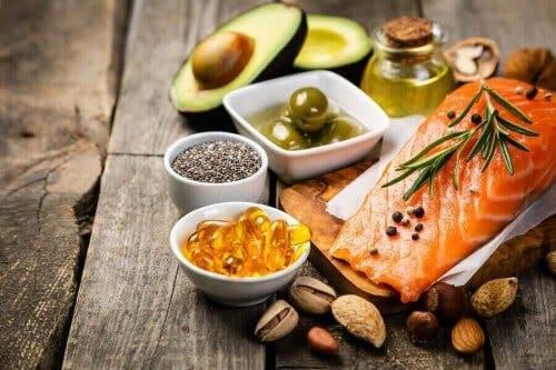 Omega 3 içeren yiyecekler, ve gıda takviyeleri.