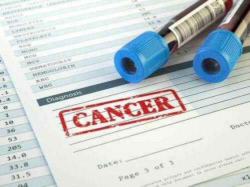 Kanser sonucu vermiş bir kan testi.