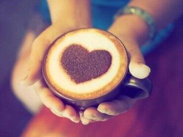 Kahve ve Kalp Krizi Arasındaki Bağlantı