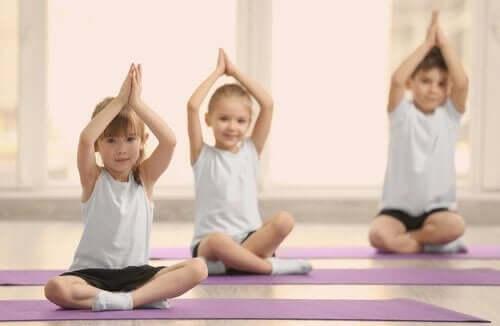 cocuklar-egzersiz-yoga