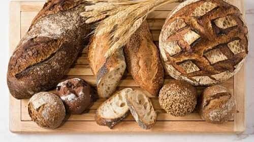 Farklı ekmek türleri.