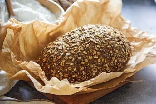 İki Düşük Karbonhidratlı Ekmek Tarifi