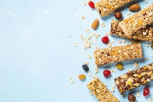 Glutensiz Granola Barları Nasıl Yapılır