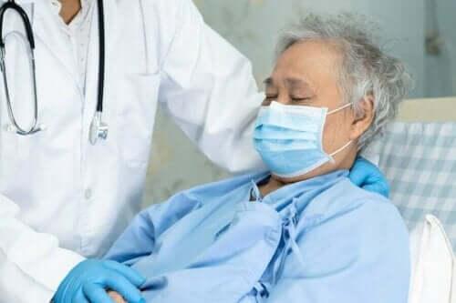 hasta enfeksiyon hastalık doktor