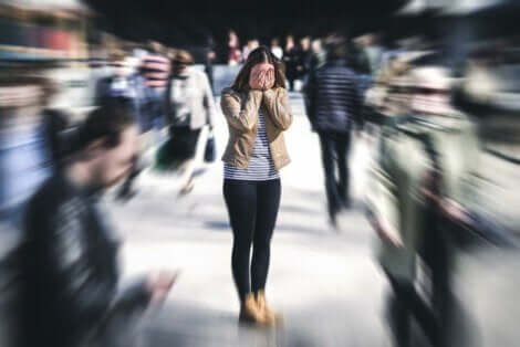 agorafobi yaşayan kadın