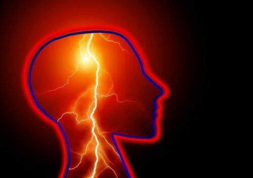 Epileptik Nöbet: Nedir ve Nasıl Tepki Verilmelidir?