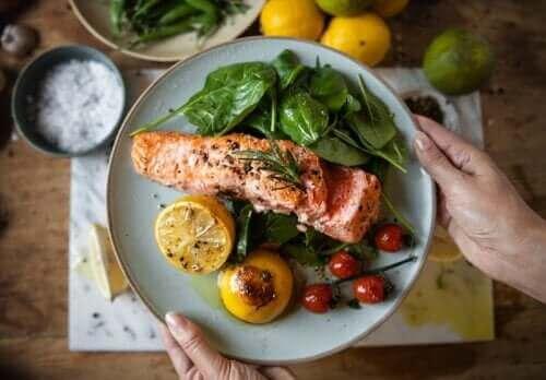 Erken Yemek Kilo Vermenize ve Diyabeti Önlemenize Yardımcı Olabilir