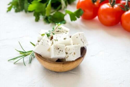yunan peyniri feta