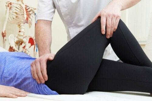 fizyoterapi kadın bacak