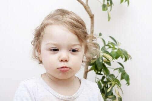 Çocukluk Dönemi Saç Kıranı (Alopesi): Sebepleri ve Türleri