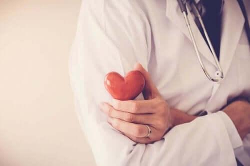 Kalp Krizi ve Önlemeye Yardımcı Olacak 5 Alışkanlık