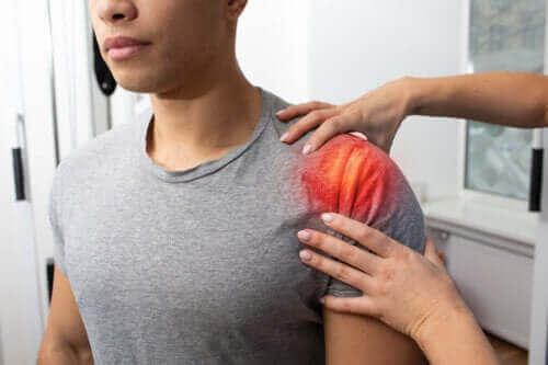 Omuzda Tendonit: Semptomları, Nedenleri ve Tedavisi