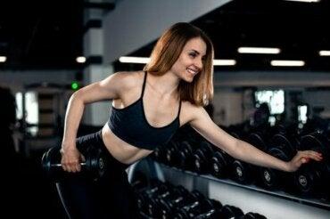 Trisepleri Güçlendirecek Egzersizler