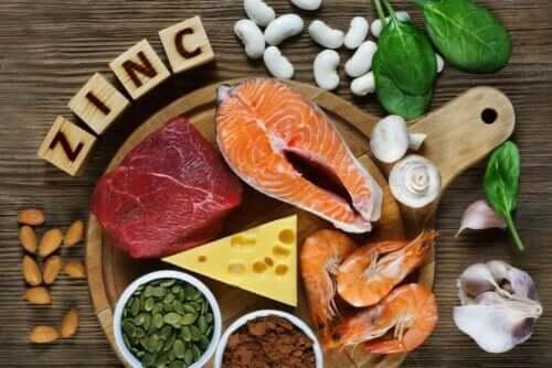 Çinko içeren bir dizi gıda.