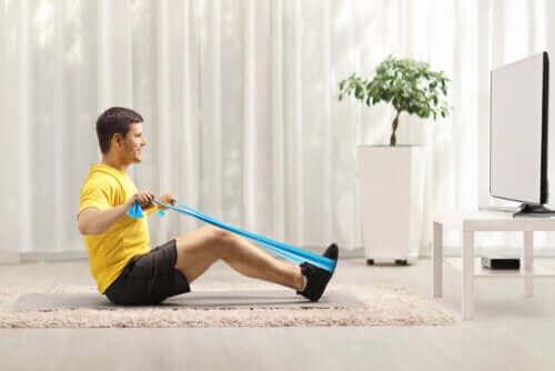 Sırtınızı Güçlendirmek İçin Direnç Bandı Egzersizleri
