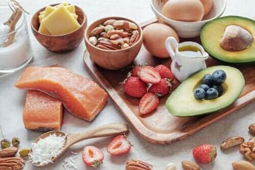 Onaylı Ketojenik Diyet Yiyecek Listesi