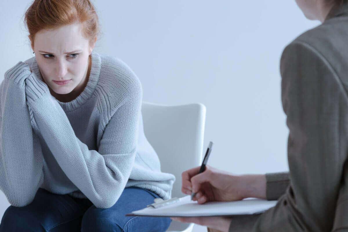 psikolog not seans kadın