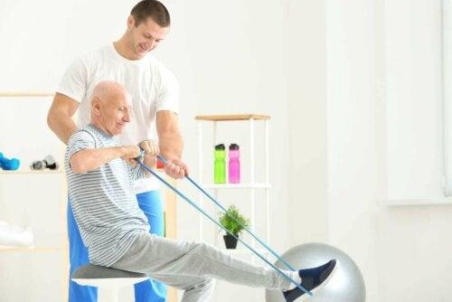 yaşlı egzersiz