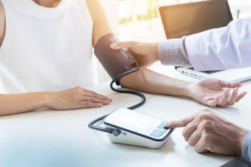 Yüksek Kan Basıncı Olan İnsanlar İçin 5 Egzersiz