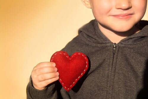 Çocuklarda Öz Güveni Artırmanın Püf Noktaları