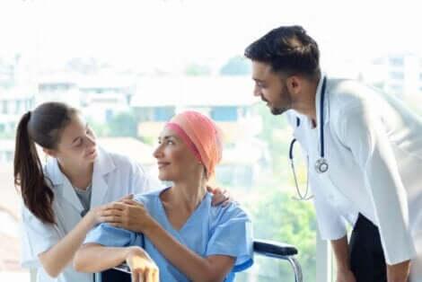 Tedavi gören kanser hastası