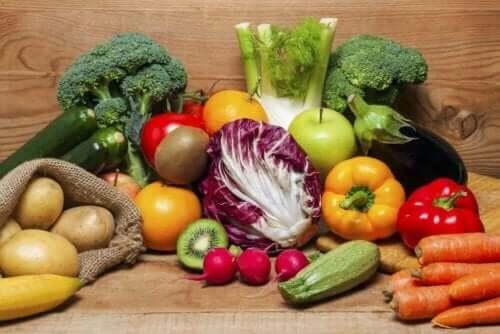 Çeşitli organik gıdalar.