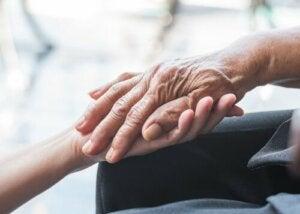 Dünya Parkinson Günü: İlk Semptomlar ve Teşhis