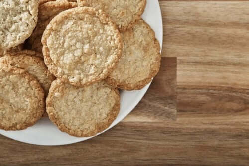 Tabakta kremalı kurabiye
