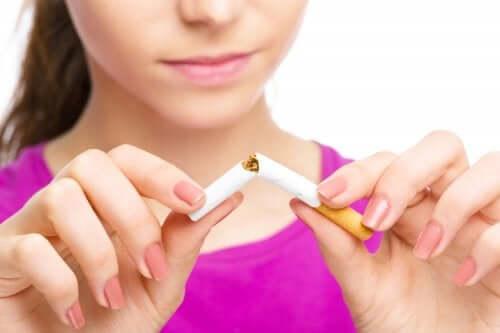 yarıya bölünen sigara