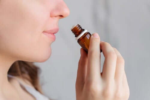 Aromaterapi ve Adet Sancısı