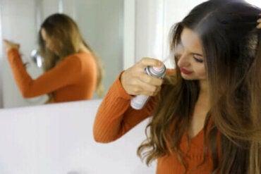 Kuru Şampuan: Faydaları ve Kullanımı