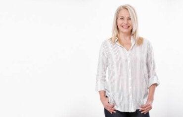 Menopozal Saç Dökülmesi Nasıl Azaltılır