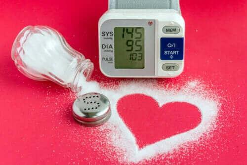 Düşük Sodyumlu Yiyecekler: Kalbi Destekleyen 6 Çeşidi