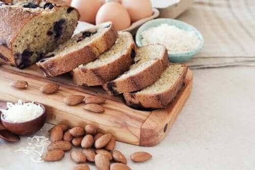 Hindistan Cevizli ve Bademli Ekmek Nasıl Yapılır?