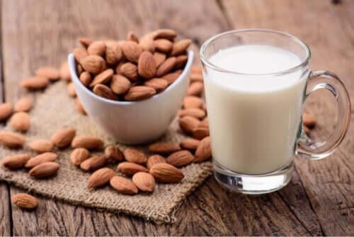 Çocukların Badem Sütü Tüketmesi: Yararları ve Dezavantajları