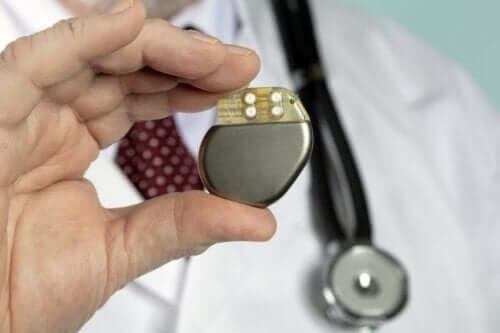 Bradikardi tedavisi için kalp pili