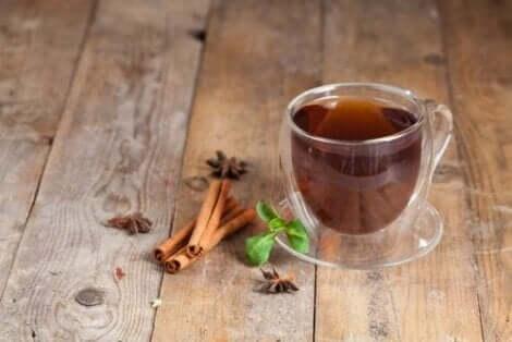 bir fincan tarçın çayı