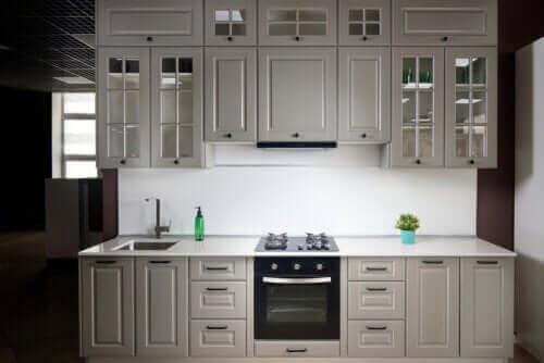 Lineer Mutfaklar: Özellikleri ve Bazı İpuçları