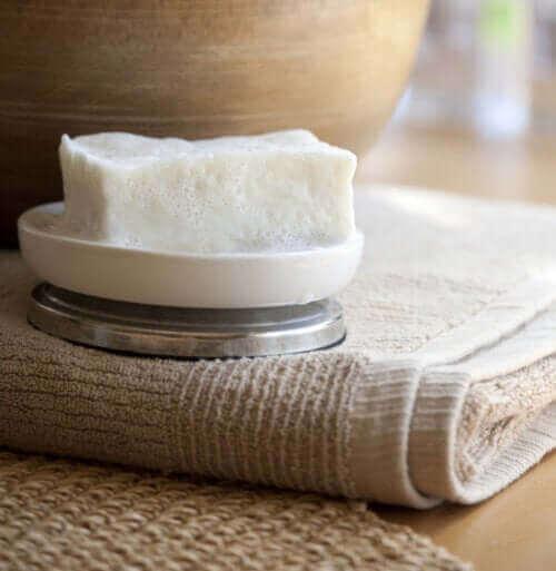 Nötr Sabun: Ne İçin Kullanılır?