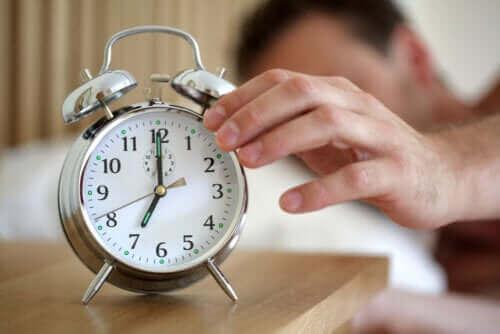 Dinlendirici Uyku - Gerçekten Ne Kadar Uykuya İhtiyacımız Var?
