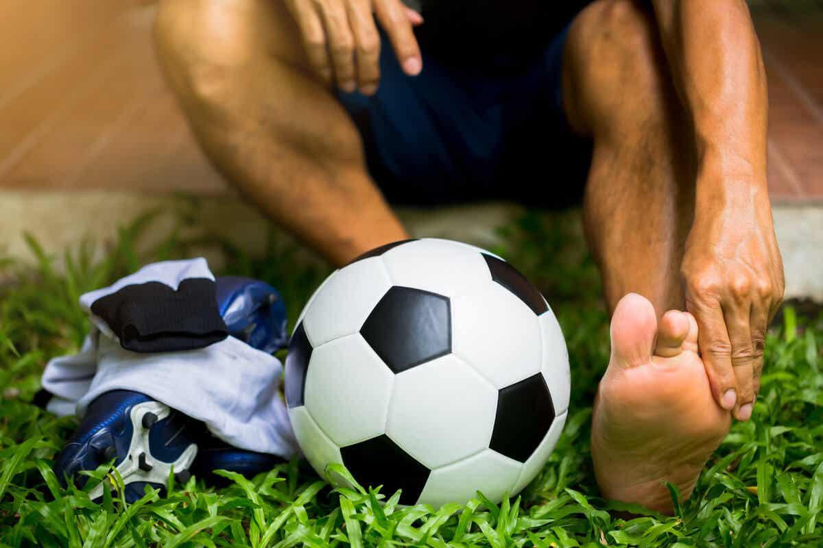futbolcu ve topu