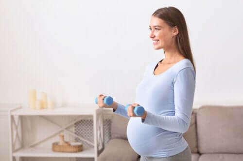 Hamileyken Egzersiz Yapmak Güvenli mi?