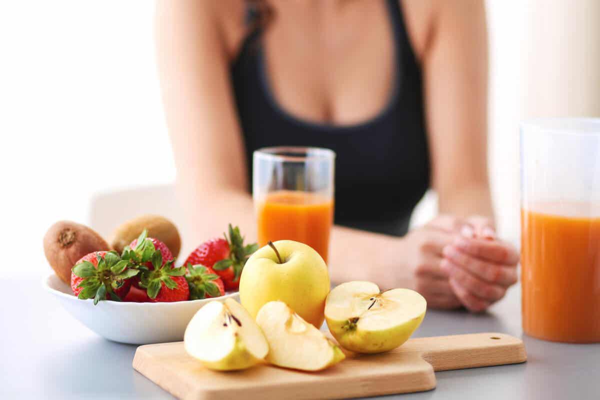 meyveli kahvaltı