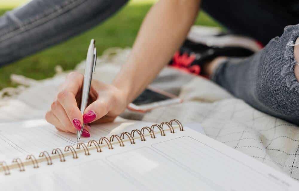 deftere yazı yazmak