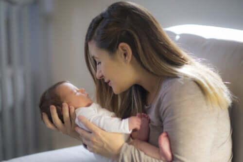 Bebeğinizin Görme Kapasitesini Uyarmak İçin İpuçları 2021